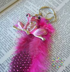 Frog and pink Feathers keychain