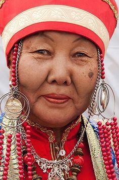 Russia | Buryat (Monoglian) woman | ©Richard Drigby