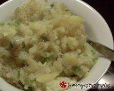 Σαλάτα Χριστουγεννιάτικη σαν τούρτα συνταγή από juligram - Cookpad Potato Salad, Mashed Potatoes, Cauliflower, Vegetables, Ethnic Recipes, Food, Flowers, Whipped Potatoes, Cauliflowers