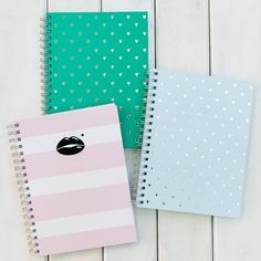 Things for school ideas Stationary Store, Stationary School, Cute Stationary, Office Stationery, Stationery Design, Diy Back To School, Too Cool For School, Baccalaureate, Cute Notebooks