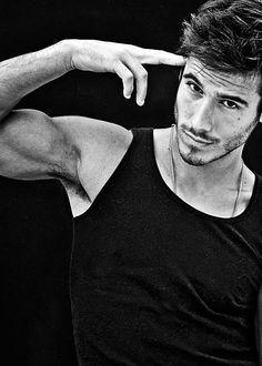 Lucas Bernardini - Calvin Klein Model and Vegan.