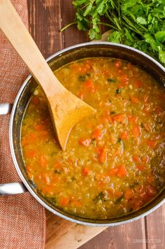 Slimming Slimming Eats Syn Free Spicy Carrot and Lentil Soup - gluten free, dairy free, vegan, Slimming World and Weight Watchers friendly Spicy Lentil Soup, Carrot And Lentil Soup, Carrot And Coriander Soup, Lentil Soup Recipes, Veggie Recipes, Lentil Loaf, Savoury Recipes, Ww Recipes, Detox Recipes