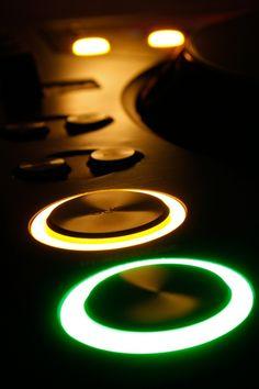Techno music - Google zoeken