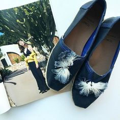 Super współpraca @toms i @andotherstories ! #onetoone #tomsandotherstories #shoes #ss#spring #news  via ELLE POLAND MAGAZINE OFFICIAL INSTAGRAM - Fashion Campaigns  Haute Couture  Advertising  Editorial Photography  Magazine Cover Designs  Supermodels  Runway Models
