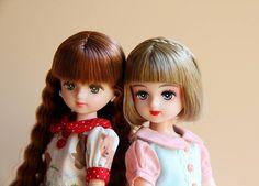 可爱的小f姐妹。  #リカちゃん #リカちゃんキャッスル #licca #liccacastle #liccadoll #liccafriend #パレットf #japanesedoll #dollphotography #dollstargram
