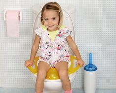 """Dicas de troninhos e redutores de assento da Burigotto Peg-Pérego para as crianças que vão começar o desfrade!   > Acesse o post """"7 produtos super úteis para fazer o desfralde com sucesso"""".   > Acesse: http://mamaepratica.com.br/2016/06/23/desfraldecomsucesso/"""