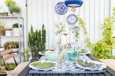 Tischdeko auf dem Balkon/ leelahloves.de