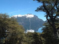Junin de los Andes, Cerro Los Angeles desde lago Huechulafquen