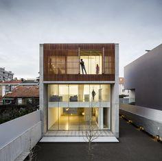 Casa no Bonfim / AZO. Sequeira Arquitectos Associados | ArchDaily Brasil