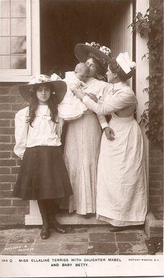 Ellaline Terriss, daughter Mabel, baby Betty and nursemaid