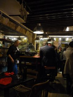 Le Garde Robe wine bar in #Paris #France
