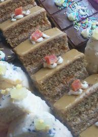 Kávový nedeľný rez - #kavov #Kávový #nedeľný #rez - #kavov #Kávový #nedeľný #rez Krispie Treats, Pasta, Sweet, Desserts, Food, Cakes, Candy, Tailgate Desserts, Deserts
