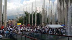 En Medellín marcharon a favor de la paz y en respaldo a los acuerdos - Caracol Radio