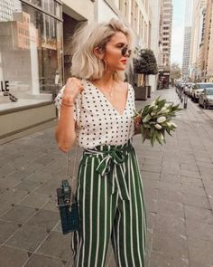 New womens dress pants outfits business casual shirts Ideas Business Casual Womens Fashion, Business Fashion, Business Outfits, Trendy Outfits, Cute Outfits, Fashion Outfits, Night Outfits, Fashion Tips, Striped Outfits
