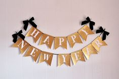 Love this Happy New Years banner! will make a perfect addition to your New Years Day party!