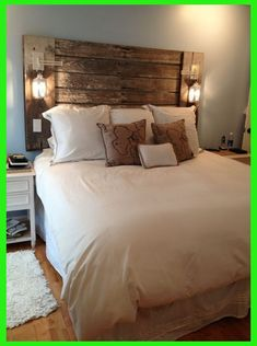Once again, urban farmhouse master bedroom design never falls out of fashion, especially when it comes to interior home design. Small Master Bedroom, Farmhouse Master Bedroom, Master Bedroom Design, Home Decor Bedroom, Diy Home Decor, Bedroom Ideas, Bedroom Furniture, Diy Bedroom, Bedroom Rustic