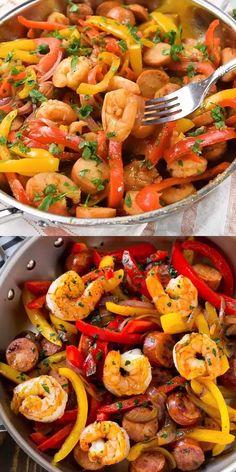 Pan Shrimp Recipe, Sausage And Shrimp Recipes, Sausage Skillet Recipe, Healthy Sausage Recipes, Healthy Low Carb Recipes, Cajun Recipes, Healthy Meal Prep, Healthy Snacks, Chicken Recipes