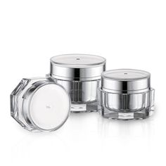 Custom packaging for cosmetic and beauty products by APC Packaging. Our offering includes airless, bottles, jars, droppers, closures and color cosmetics. Packaging Solutions, Bottles And Jars, Custom Packaging, Custom Items, Cosmetics, Tubs, Beauty, Bathtubs, Soaking Tubs