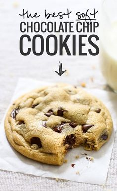 This truly is The Best EVER Soft Chocolate Chip Cookies! No overnight chilling, no strange ingredients, just a simple recipe for ultra SOFT, THICK chocolate chip cookies! Delicious Desserts, Dessert Recipes, Yummy Food, Dinner Recipes, Easy Cookie Recipes, Healthy Food, Healthy Recipes, Soft Cookie Recipe, Dinner Healthy
