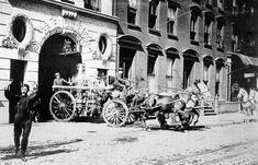 Horse-Drawn Fire truck: Manhattan Engine 55 American La France 1899