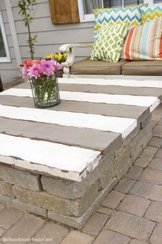 How to make a coffee table top for over a firepit. Love the paint/stain in stripes. Good idea for a wooden picnic table as well.