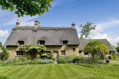 Secret Cottage – History of the Cotswolds