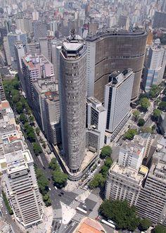 Na foto, o Edifício Itália
