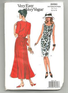 Check out this item in my Etsy shop https://www.etsy.com/listing/270133260/uncut-8690-vogue-sewing-pattern-blousen