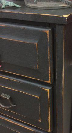 FuRnItUrE Trendy Distressed Black Bedroom Furniture Dresser Makeovers 56 Ideas Y Black Distressed Dresser, Distressed Bedroom Furniture, Black Painted Furniture, Distressed Kitchen, Dresser Furniture, Chalk Paint Furniture, Diy Furniture, Kitchen Furniture, Chalk Paint Cabinets