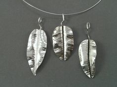Silvervine ~ beautifully organic pieces  Lisa's classes & tutorials are full of detailed information. These leaves are easy and fun to make in copper.
