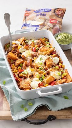 Tacos And Burritos, Good Food, Yummy Food, Tex Mex, Lunches And Dinners, Mexican Food Recipes, Cobb Salad, Menu, Cooking