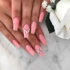 Beige Coffin Nails With A Marble Effect ❤ 35+ Magnificent Coffin Nails Designs You Must Try ❤ See more ideas on our blog!! #naildesignsjournal #nails #nailart #naildesigns #nailshapes #coffinnails #balerinanails #coffinnailshapes
