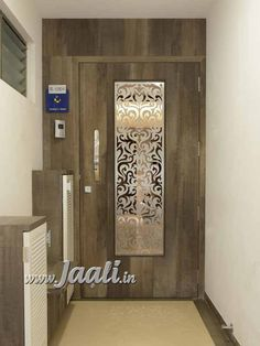 29 Ideas Wooden Jali Door Design Modern For 2019 Main Entrance Door Design, Home Entrance Decor, Front Door Design, Tor Design, Gate Design, Wooden Door Design, Wooden Doors, Jaali Design, Grill Door Design