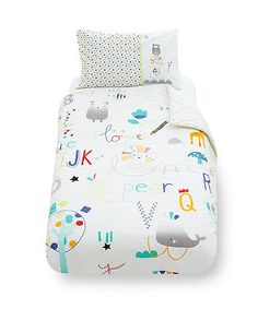Designed in bright colours and fun character prints, this duvet set includes a duvet cover and pillowcase which are for use with your little one's cot bed as they get older, and will coordinate with an Alphabet Brights themed room.  This set is only suitable for children from 12 months and up.