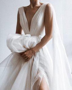 Wedding Dresses Ball Gown Illusion 30 Simple Wedding Dresses For Elegant Brides simple wedding dresses backless bohemian country lihi hod Ethereal Wedding Dress, Dream Wedding Dresses, Wedding Gowns, Prom Dresses, Modern Wedding Dresses, Wedding Dress Pictures, Luxury Wedding Dress, Wedding Bride, Wedding Ideas