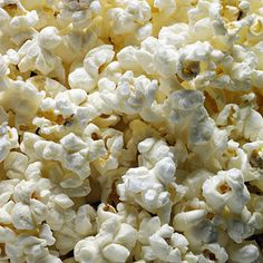 The article after this one was useful as well! / 10 Foods to Avoid if You Have Crohn's Disease - Popcorn Whole grains are good for everyone—except a person with Crohn's disease who's having a flare-up. Popcorn is technically a whole grain, and it's probably among the hardest of all those grains to digest. The same goes for corn on the cob.