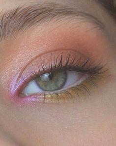 eye makeup for brown eyes . eye makeup for blue eyes . eye makeup tips . eye makeup tutorial for beginners Makeup Eye Looks, Eye Makeup Art, Pretty Makeup, Skin Makeup, Eyeshadow Makeup, Yellow Eyeshadow, Glossy Makeup, Clown Makeup, Glitter Makeup