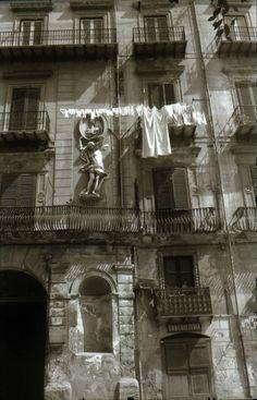 Palermo, 1971 Italy . Kansuke Yamamoto