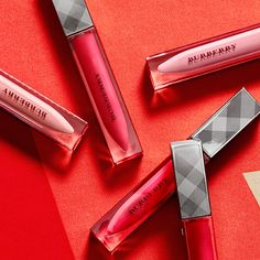 A glimpse of next season's lip colours from the Burberry S/S15 beauty collection #LFW