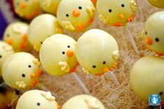 Chick Cake Pops (Credit:Courtesy divinepartyconcepts.com, The Pixel Studio, sendintheclownsla.com)