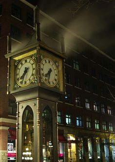 Clock Hourglass Time:  Gastown Steam #Clock, in Vancouver, Canada.