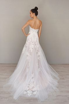 Bridal Gowns and Wedding Dresses by JLM Couture - Style 9607