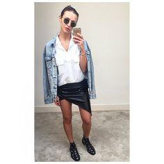 "Sara Boruc-Mannei på Instagram: "" #outfitbySara #inspo #fashion #mything #fashionstuff #sinbymanneijewels #sinbymannei"" Bys, Leather Skirt, Celebrity Style, Street Style, Celebrities, Instagram Posts, Skirts, People, Outfits"