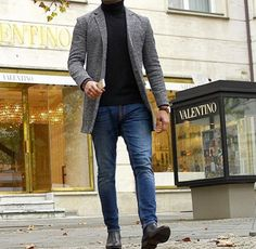 The latest men's fashion including the best basics, classics, stylish eveningwear and casual street style looks. Trajes Business Casual, Business Casual Outfits, Gentleman Mode, Gentleman Style, Mens Fashion Suits, Mens Suits, Stylish Mens Outfits, Dressy Outfits, Stylish Outfits