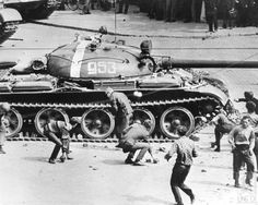Soviet main battle tank in Prague, Czechoslovakia, 1968 The Czech people had to throw rocks at the communist tanks because they had no ammunition T 62, World Conflicts, Military Armor, Prague Czech Republic, Tank I, East Germany, Battle Tank, World Of Tanks, Tank Design