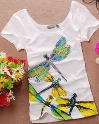dragonflies!!! This would be so cool to inspire a painted t-shirt!