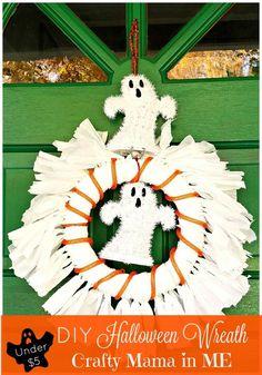 How to Make a Halloween Wreath for Under Five Dollars ooh.li/159eb55  #HeftyHelper #HeftyHeftyHefty @Hefty #ad