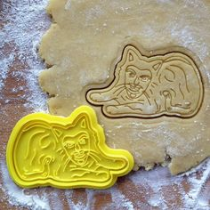 Vladislav the cat cookie stamp. For What we do in the shadows great cookies! Vladislav the cat is printed on with PLA plastic. Cookie cutters color may be different from pictures. Cookie cutters finely crafted cutters for cookies and fondant. Car Cookies, Logo Cookies, Fondant Molds, Fondant Cakes, Nerdy Valentines, Netflix, Set Cookie, Cat Care Tips, Flower Cookies
