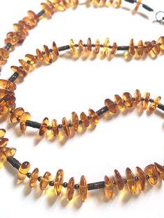 Collana in ambra Bracelets, Green, Jewelry, Jewlery, Bijoux, Schmuck, Jewerly, Bracelet, Jewels