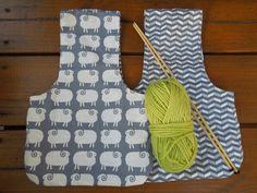 Reversible knitting bag yarn bag wristlet by Bagitconscious
